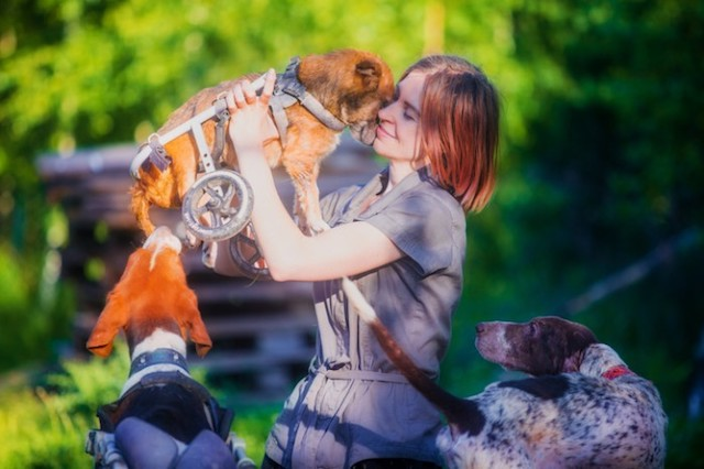 Woman Quits Successful City Career So She Can Live in the Woods With Over 100 Rescued Animals
