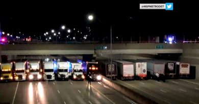 Truck drivers team up to help police bri…